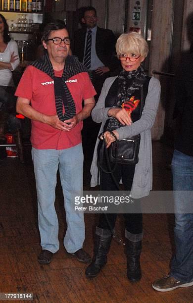 Michael Oenicke Ingrid Steeger Premiere Theaterstück 'Jackpot' 'Theaterschiff' Bremen Deutschland Europa Feier Premierenfeier Schauspielerin