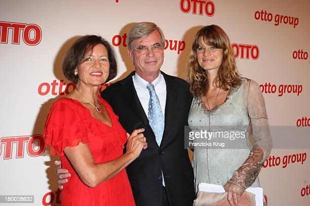 Michael Otto Und Ehefrau Christl Und Tochter Janina Otto Beim Empfang Zum Dinner Der Otto Group In Den Börsensälen Der Handelskammer In Hamburg Am...