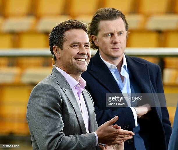 Michael Owen and Steve Mcmanaman former players of Liverpool before the UEFA Europa League Semi Final First Leg match between Villarreal CF and...