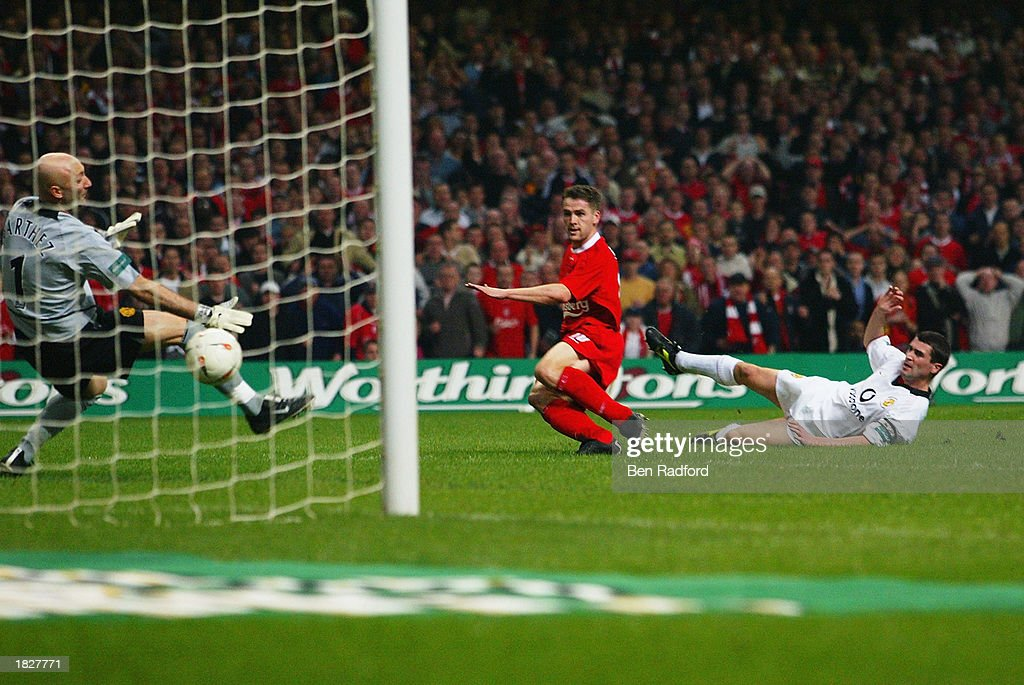 Michael Owen of Liverpool scores the second goal during the Worthington Cup Final between Liverpool and Manchester United held on March 2, 2003 at the Millennium Stadium, in Cardiff, Wales. Liverpool won the match and final 2-0.