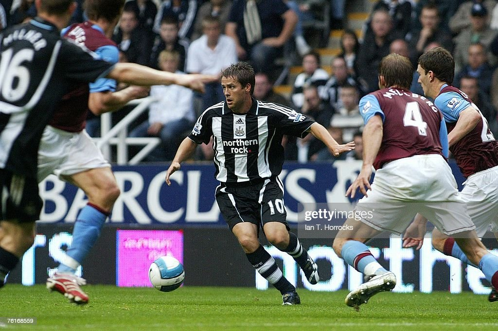 Michael Owen of Newcastle in action during a Premier League game between Newcastle United and Aston Villa at St James' Park , Newcastle on August 18, 2007 in Newcastle, England.