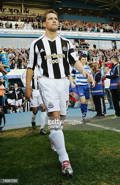 Michael Owen of Newcastle United returns to action in the Barclays Premiership match between Reading and Newcastle United at the Madejski Stadium on...