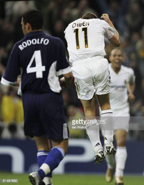 Michael Owen of Real Madrid celebrates scoring the first goal during the UEFA Champions League Group B match between Real Madrid and Dinamo de Kiev...