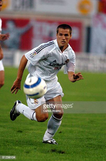 Michael Owen of Real Madrid during the match between Real Madrid and Mallorca at San Moix on August 29 2004 in Palma de Mallorca Spain