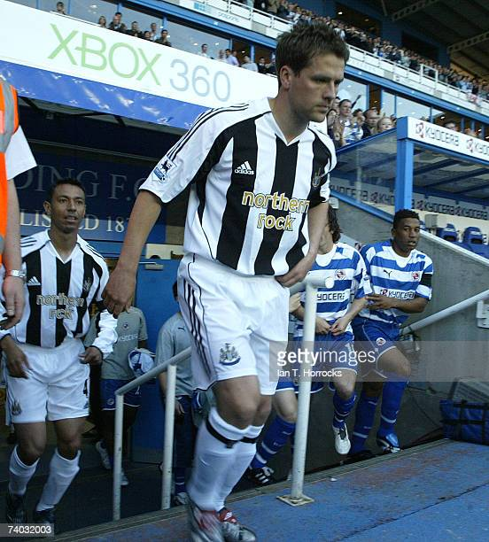 Michael Owen walks onto the field during the Barclays Premiership match between Reading and Newcastle United at the Madejski Stadium on April 30 2007...