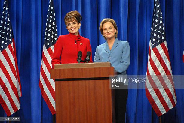 LIVE 'Michael Phelps' Episode 1532 Pictured Tina Fey as Governor Sarah Palin Amy Poehler as Senator Hillary Clinton during the 'A Nonpartisan Message...