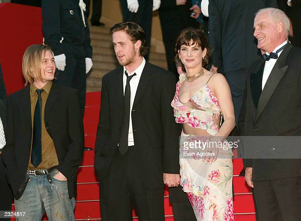 Michael Pitt Ryan Gosling Sandra Bullock and Director Barbet Schroeder on the steps of the Palais at the 'Murder By Numbers' screening during the...