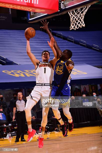 Michael Porter Jr. #1 of the Denver Nuggets drives to the basket during the game against the Golden State Warriors on April 12, 2021 at Chase Center...