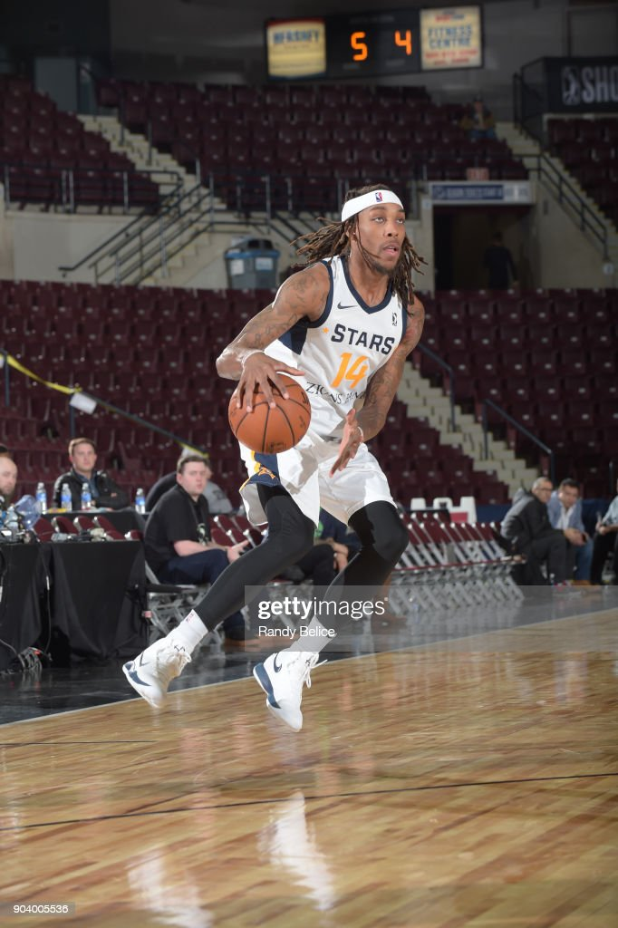 Michael Qualls #14 of the Salt Lake City Stars handles the ball during the game against the Delaware 87ers at the NBA G League Showcase Game 12 on January 11, 2018 at the Hershey Centre in Mississauga, Ontario Canada.