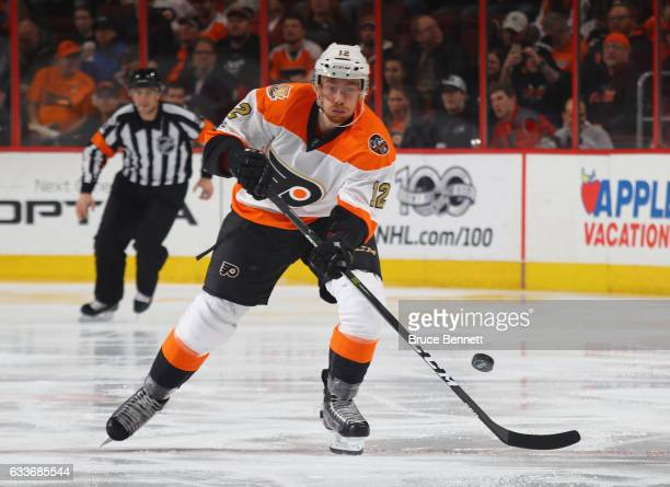 Michael Raffl of the Philadelphia Flyers skates against the Montreal Canadiens at the Wells Fargo Center on February 2 2017 in Philadelphia...