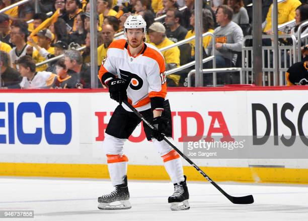 Michael Raffl of the Philadelphia Flyers skates against the Pittsburgh Penguins in Game Two of the Eastern Conference First Round during the 2018 NHL...