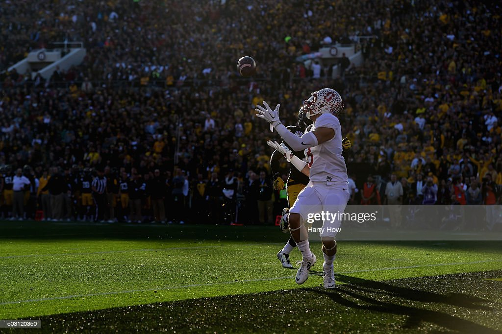 Michael Rector #3 of the Stanford Cardinal catches a 33-yard touchdown in the second quarter against the Iowa Hawkeyes in the 102nd Rose Bowl Game on January 1, 2016 at the Rose Bowl in Pasadena, California.