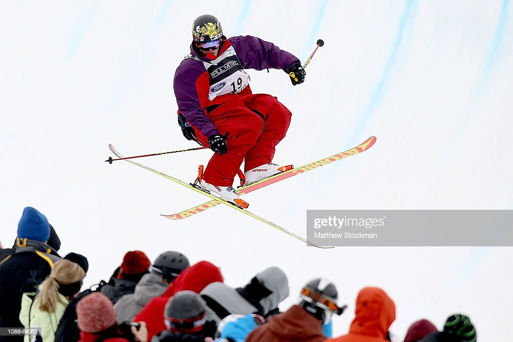 Michael Riddle #19 of Canada competes in the men's Half Pipe final at the FIS Freestyle World Championships at Park City Mountain Resort on February 5, 2011 in Park City, Utah. Riddle won the event.