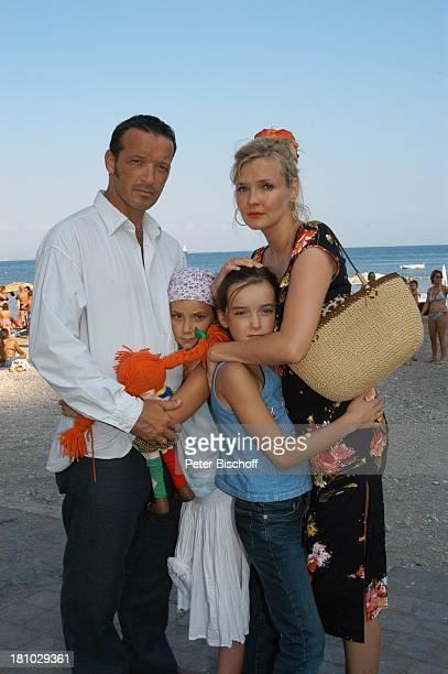 Michael Roll Johanna Roll Sophia Roll Katharina Schubert ARDSerie 'Unter weißen Segeln Leinen los' 2 Folge Cecara/Italien Schauspielerin Schauspieler...