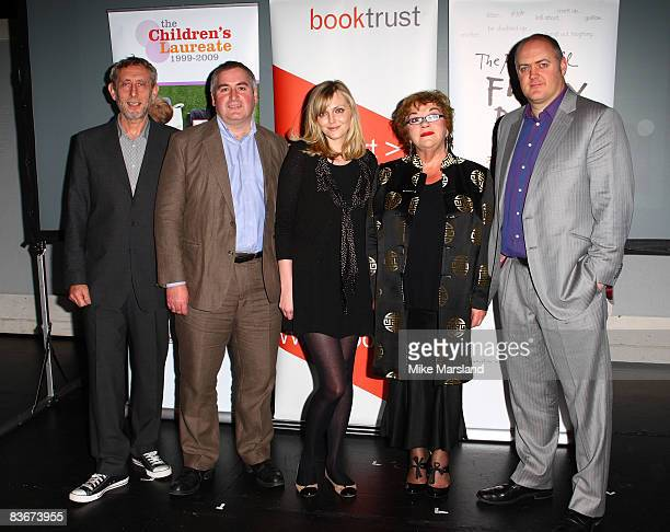 Michael Rosen Sophie Dahl and Dara O'Briain judge the Roald Dahl Funny Prize competition at Unicorn Arts Theatre on November 13 2008 in London England