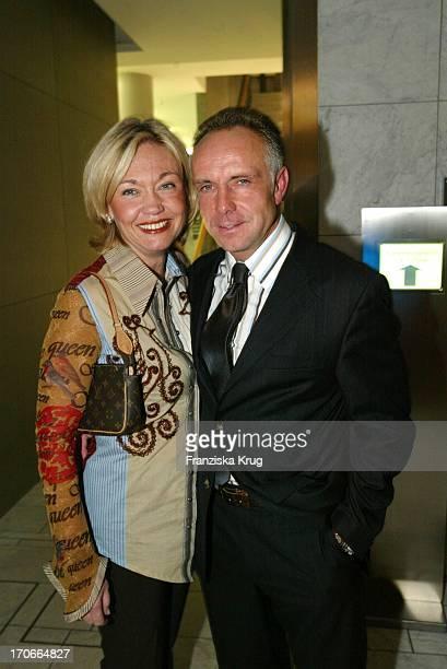 Michael Rummenigge Und Seine Ehefrau Carolin Beim Reemtsma Medientreff In Hamburg Am 271003