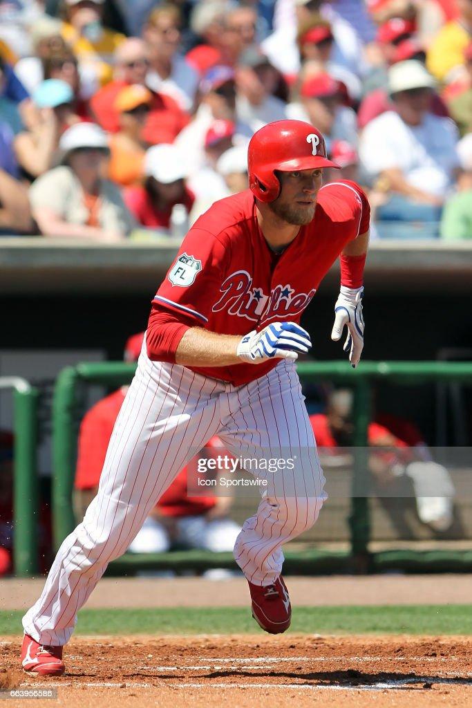 MLB: MAR 26 Spring Training - Pirates at Phillies : News Photo