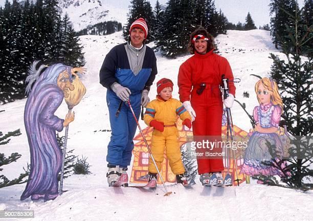 """""""Michael Schanze, Ehefrau Monika Schanze, Florian Schanze, Ski-Urlaub am in Engelberg, Schweiz. """""""