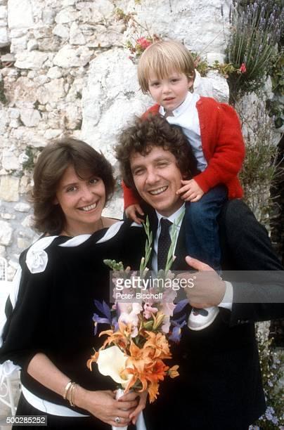 """""""Michael Schanze, Ehefrau Monika, Sohn Florian, Hochzeit am in Monte Carlo, Monaco. """""""