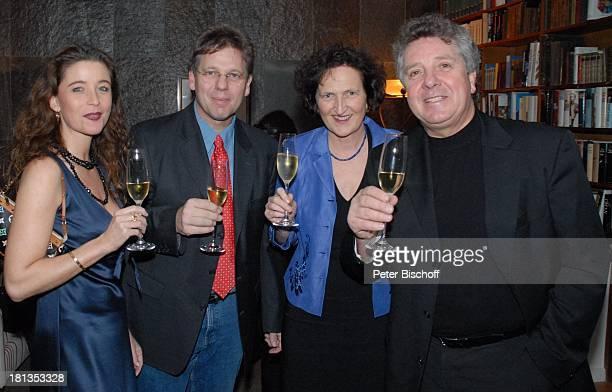 Michael Schanze Freundin Nicole Stifter Bruder Christian Schanze PartyGäste Party zum 60 Geburtstag von Michael Schanze München Bayern Deutschland...
