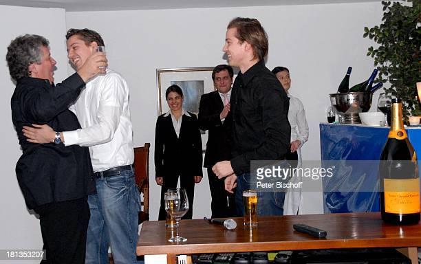 Michael Schanze Sohn Sebastian dessen ZwillingsBruder Patrick Party zum 60 Geburtstag von Michael Schanze München Bayern Deutschland Feier...