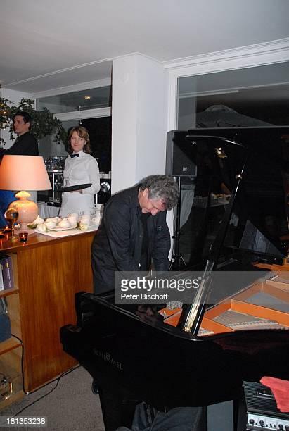 Michael Schanze während der Ansprache seiner ZwillingsSöhne S e b a s t i a n und P a t r i c k Party zum 60 Geburtstag von M i c h a e l Schanze...