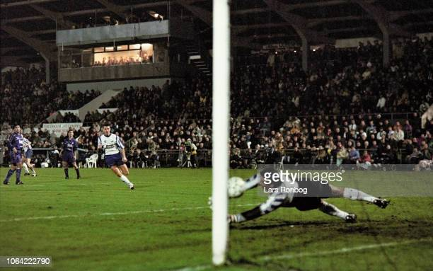 Michael Schjonberg of OB Odense scores the 1-0 goal during the UEFA Cup match between OB Odense and Real Madrid at Odense Stadion on November 22,...