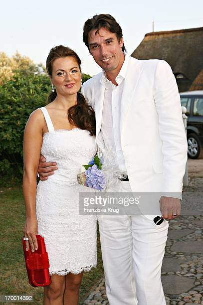 Michael Stich and wife Alexandra at The Traditional Food From Cancer Economia Manfred_Baumann boss in the house Catherine on the island of Sylt 290706