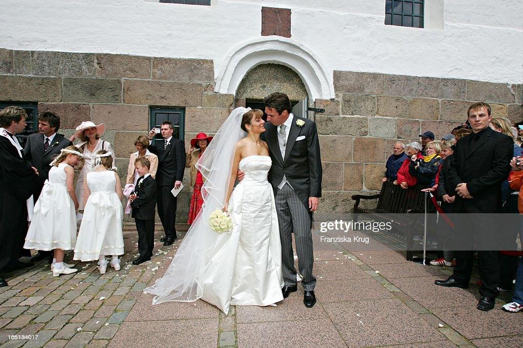 Michael Stich Und Ehefrau Alexandra Bei Ihrer Kirchlichen Hoc : News Photo