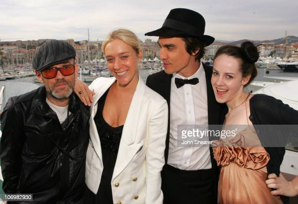 Michael Stipe Chloe Sevigny M Blash and Jena Malone