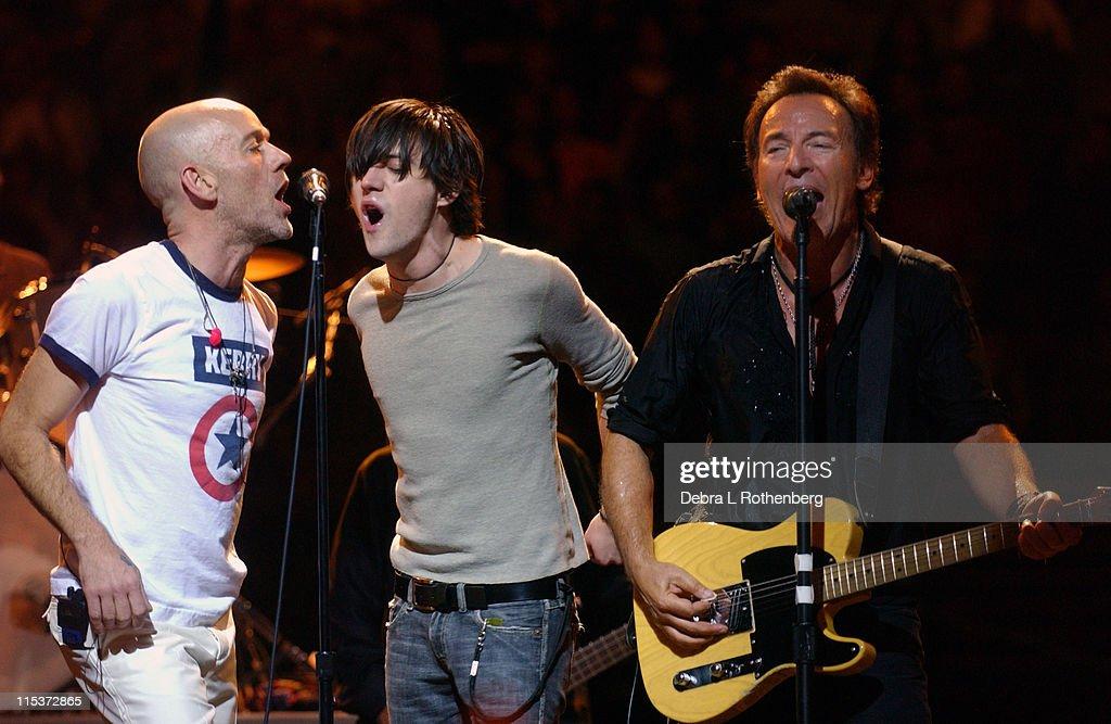 "Bruce Springsteen and R.E.M. ""Vote For Change"" Concert Tour Kickoff in Philadelphia - October 1, 2004"