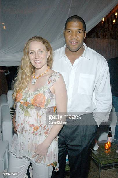 Michael Strahan and wife