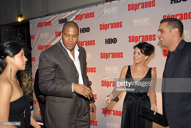 Michael Strahan Annabella Sciorra and Bobby Cannavale