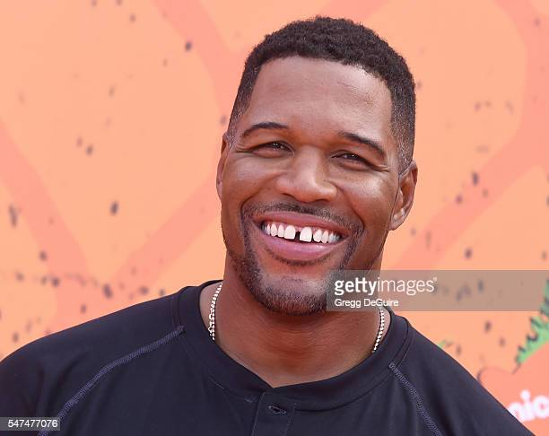 Michael Strahan arrives at Nickelodeon Kids' Choice Sports Awards 2016 at UCLA's Pauley Pavilion on July 14 2016 in Westwood California