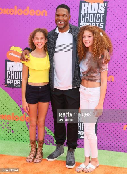 Michael Strahan Sophia Strahan and Isabella Strahan attend the 2017 Nickelodeon Kids' Choice Sports Awards at Pauley Pavilion on July 13 2017 in Los...