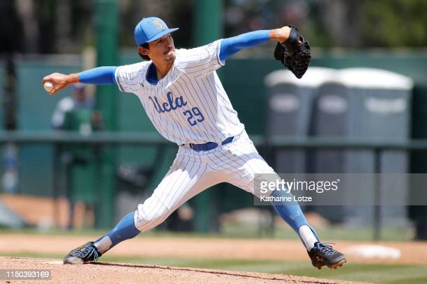Michael Townsend of UCLA throws a pitch during a baseball game against University of Washington at Jackie Robinson Stadium on May 19 2019 in Los...