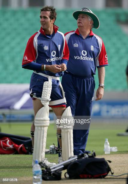 Michael Vaughan captain of England and Duncan Fletcher of England have a chat during the training session at the Brit Oval on September 7, 2005 in...