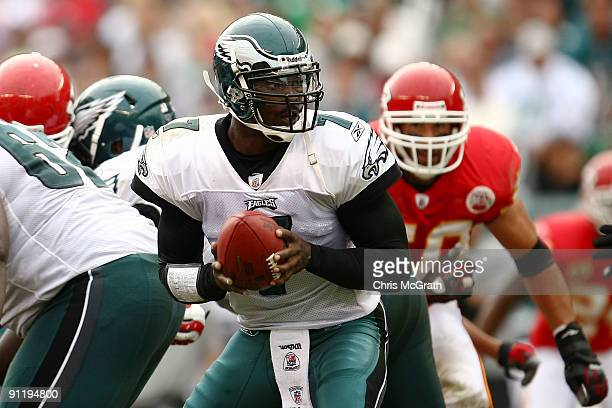 Michael Vick of the Philadelphia Eagles looks to pass against the Kansas City Chiefs on September 27, 2009 at Lincoln Financial Field in...