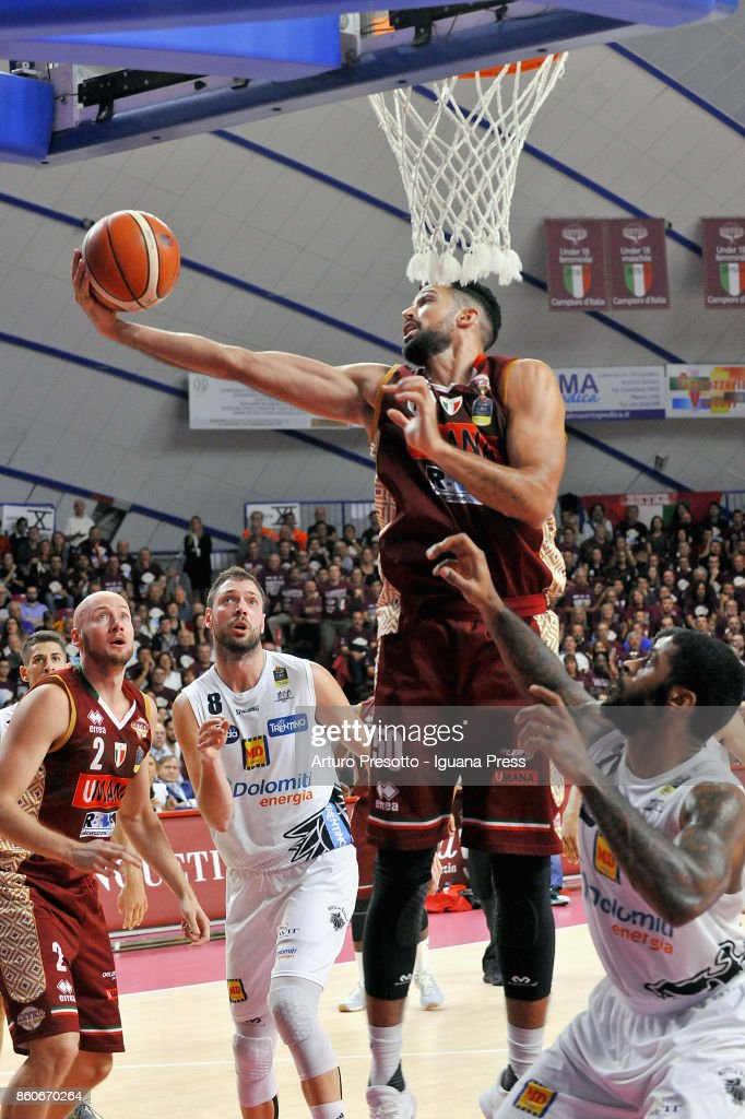Michael Watt (R) and Hrvoje Peric (L) of Umana competes with Filippo Baldi Rossi (L) and Chane Behanan (R) of Dolomiti Energia during the LBA LegaBasket of Serie A1 match between Reyer Umana Venezia and Aquila DOlomiti Energia Trento at Palasport Taliercio on October 8, 2017 in Mestre, Italy.