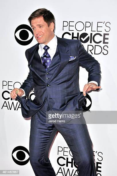 Michael Weatherly arrives at the 40th Annual People's Choice Awards at Nokia Theatre LA Live on January 8 2014 in Los Angeles California