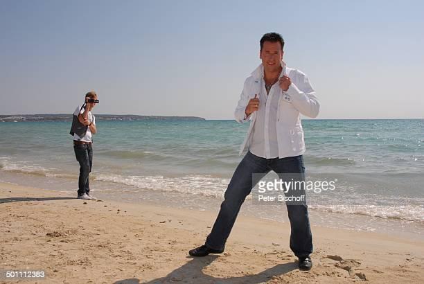 Michael Wendler Fan PK zum Album Respekt Strand Playa de Palma El Arenal Insel Mallorca Balearen Spanien Europa Urlaub Meer Ozean filmen...