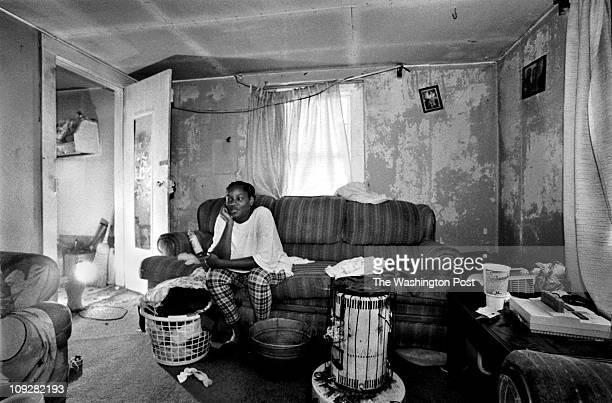 Michael Williamson TWP Village of Bayview Northhampton County Va Poor living conditions in Bayview VA Victoria Cummings sits in the living room her...