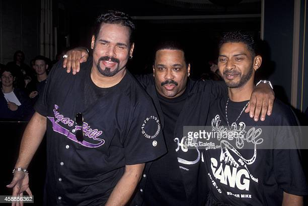 Michael Wonder Mike Wright Henry Big Bank Hank Jackson and Guy Master Gee O'Brien of the Sugarhill Gang at the Ninth Annual Billboard Music Awards on...