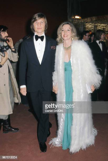 Michael York et son épouse Patricia à Paris le 30 mars 1974 France