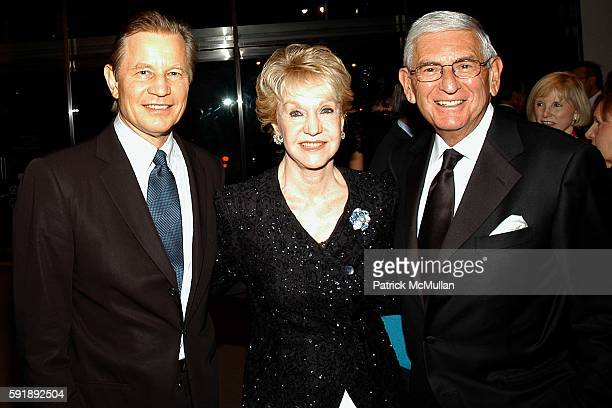 Michael York Pat York and Eli Broad attend Hammer Museum Celebrates the Achievements of LA Artist Ed Ruscha at the 3rd Annual Gala in the Garden at...