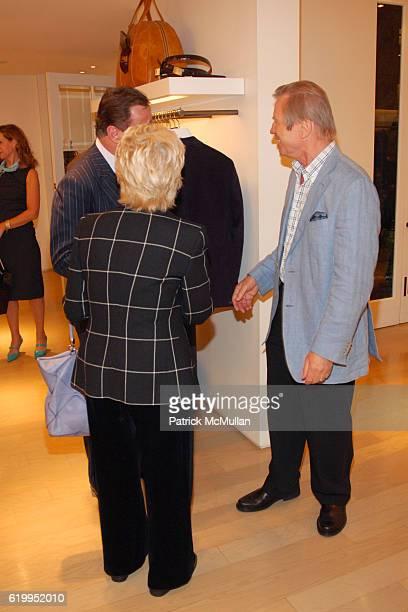 Michael York Patricia York and Boaz Mazor attend OSCAR DE LA RENTA RECEPTION WITH BOAZ MAZOR at Oscar de la Renta Boutique on October 29 2008