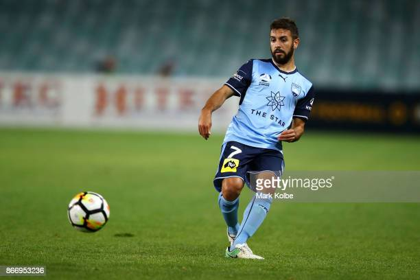 Michael Zullo of Sydney FC passes during the round four ALeague match between Sydney FC and the Perth Glory at Allianz Stadium on October 27 2017 in...