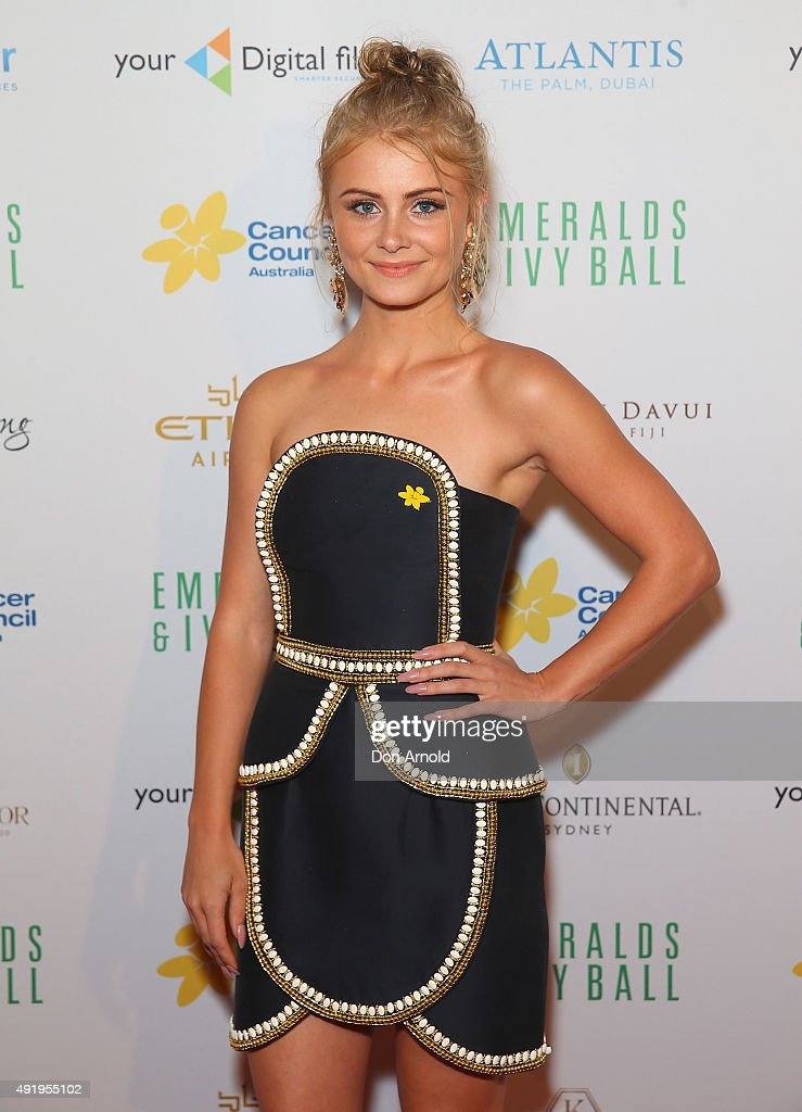 Michaela Baranov arrives ahead of Cancer Council Australia's Emeralds & Ivy Gala Ball at Sydney Town Hall on October 9, 2015 in Sydney, Australia.