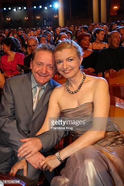 Michaela Merten Und Ehemann Pierre Franckh Bei Der Verleihung Des Corine Buchpreis Im Prinzregententheater In München