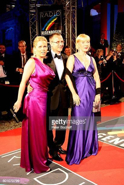 """Michaela Schaffrath , Ralf Immel, Ehefrau Heike Maurer , 18. """"Radio-Regenbogen""""-Benefiz-Gala """"Ball der Sterne"""", Motto """"El Tango Argentino"""",..."""